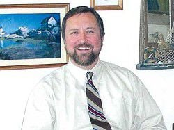 Dr. Jeff Maple opens medical practice in Dr. Sutherland's Ilwaco office