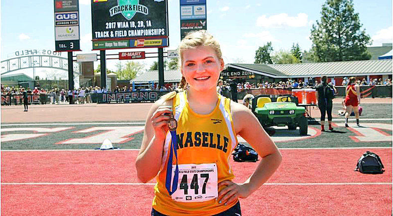Naselle's Zimmerman captures State shot put title