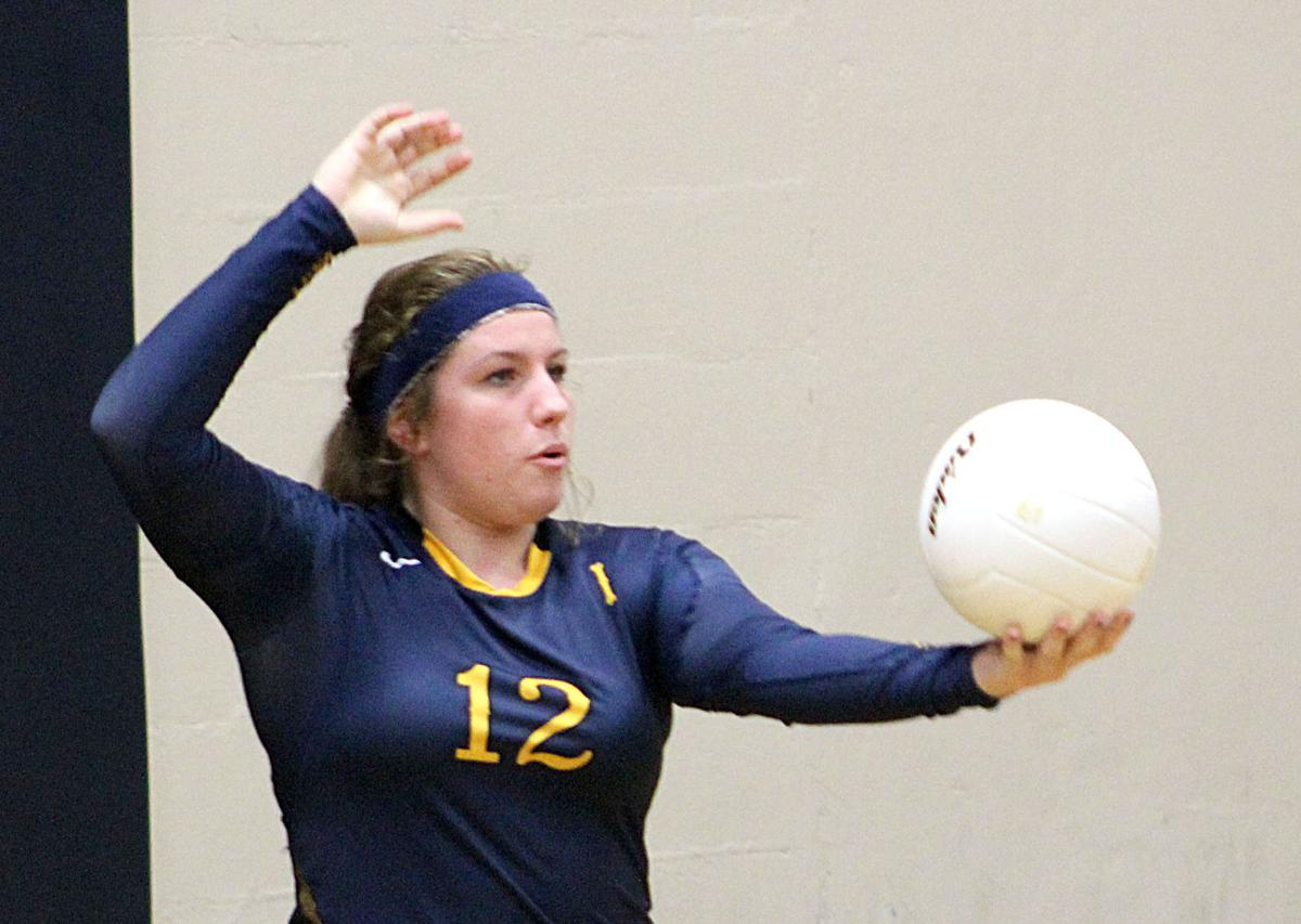 Ilwaco volleyball wraps it up Coach praises players, assistant as season ends