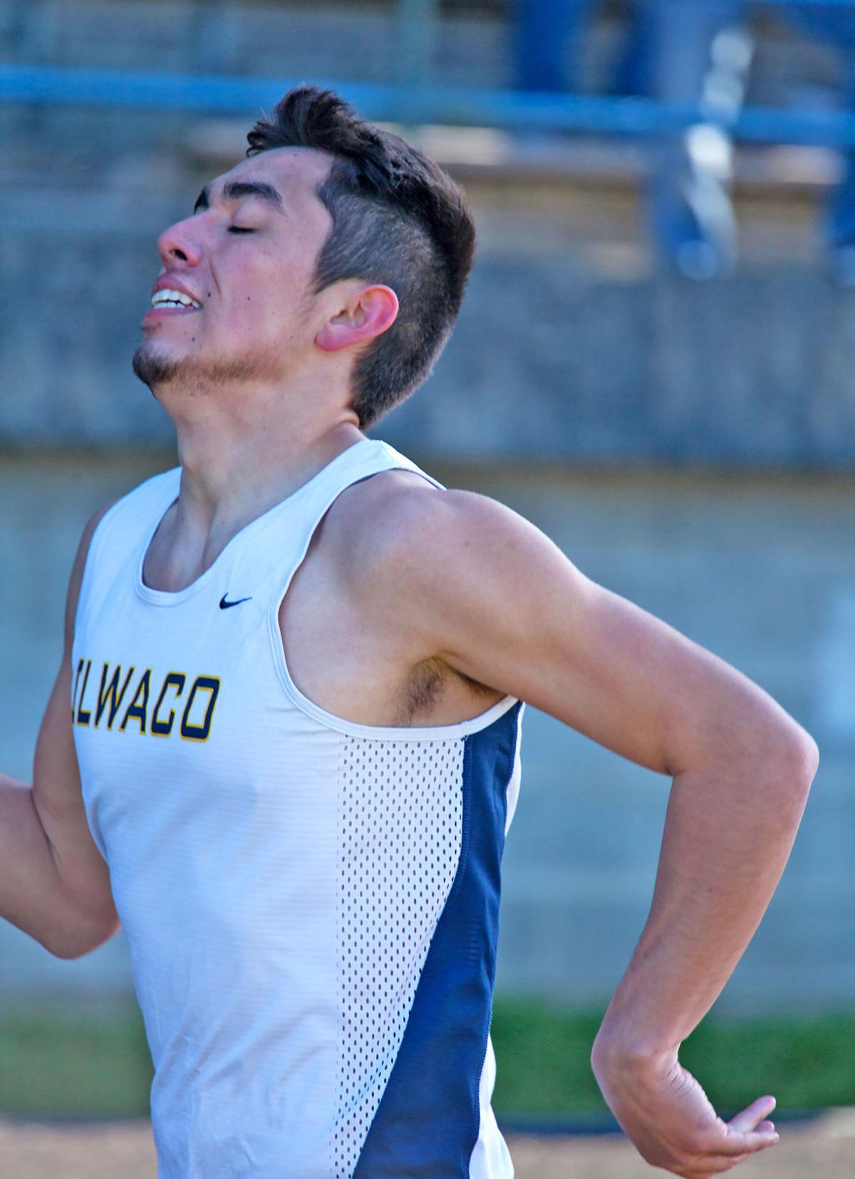 IHS's Mendoza blazing on the track
