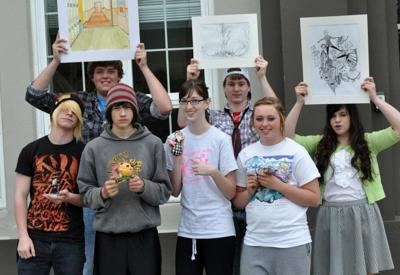 Winners announced in IHS Art Show