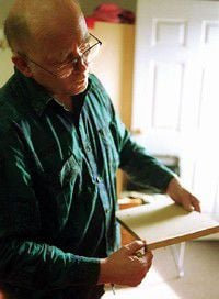 Master woodcarver brings his lessons to the Peninsula
