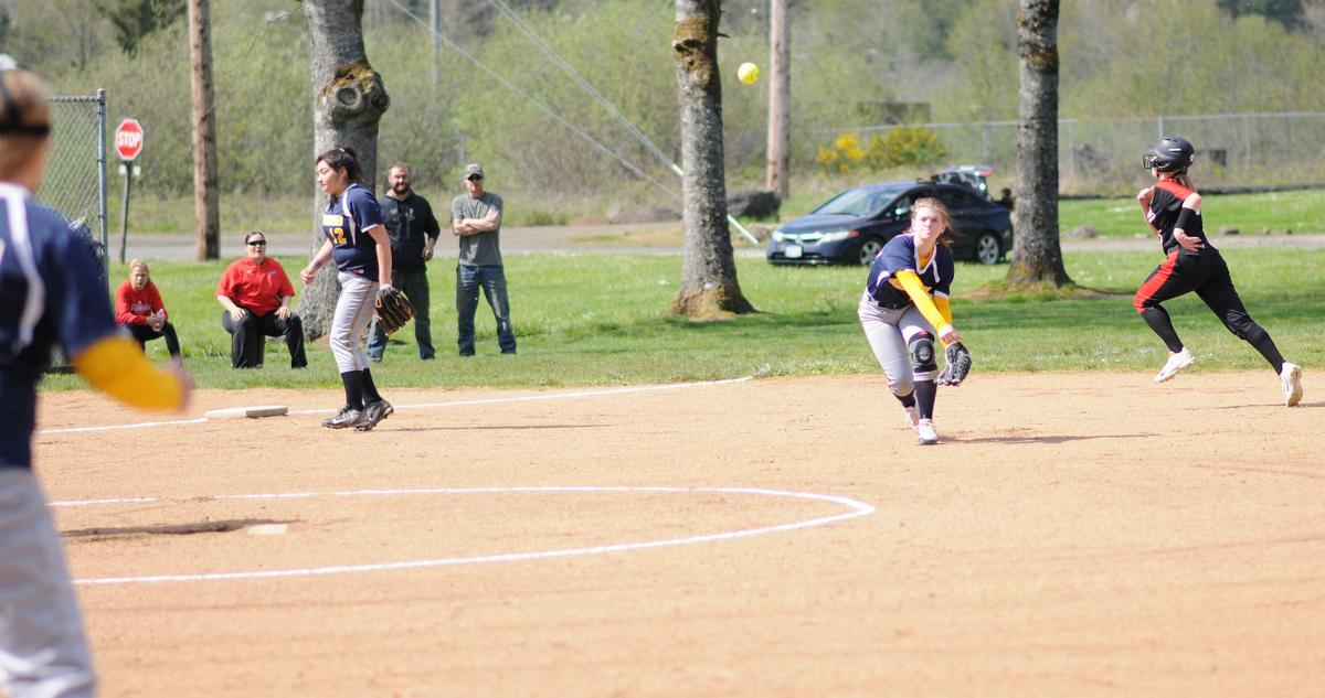 IHS softball: Kaytlenn Whelden