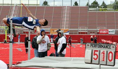 Comets Chapman, Condon soar at track state in Cheney