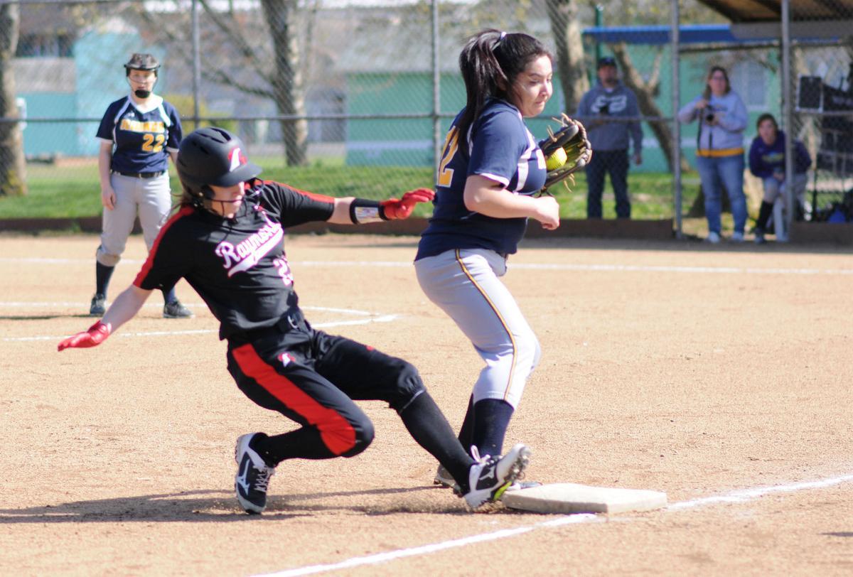 IHS softball Asu Herrera Sanchez