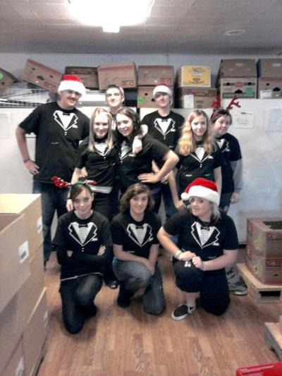 Ilwaco High School's choir, EPIC ECHO, giving back to community