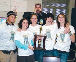 Ilwaco Knowledge Bowl squad whizzes to second in state