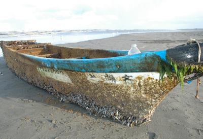 2013 tsunami boat
