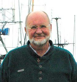 Pacific Fishing editor Don McManman visits Port of Ilwaco
