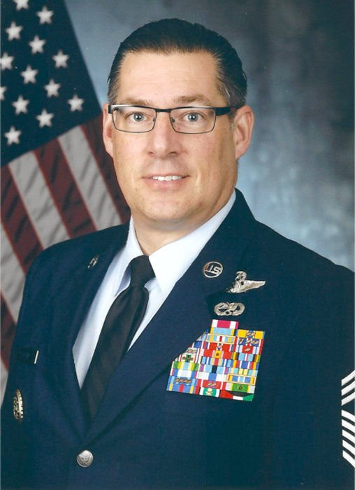 IHS grad served on Air Force One