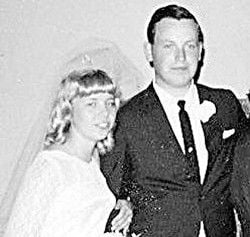 Happy 40th Anniversary!: Harpers celebrate 40th Wedding Anniversary