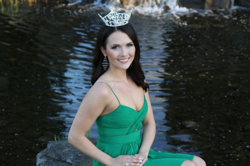 Miss Washington third runner up in Miss America pageant