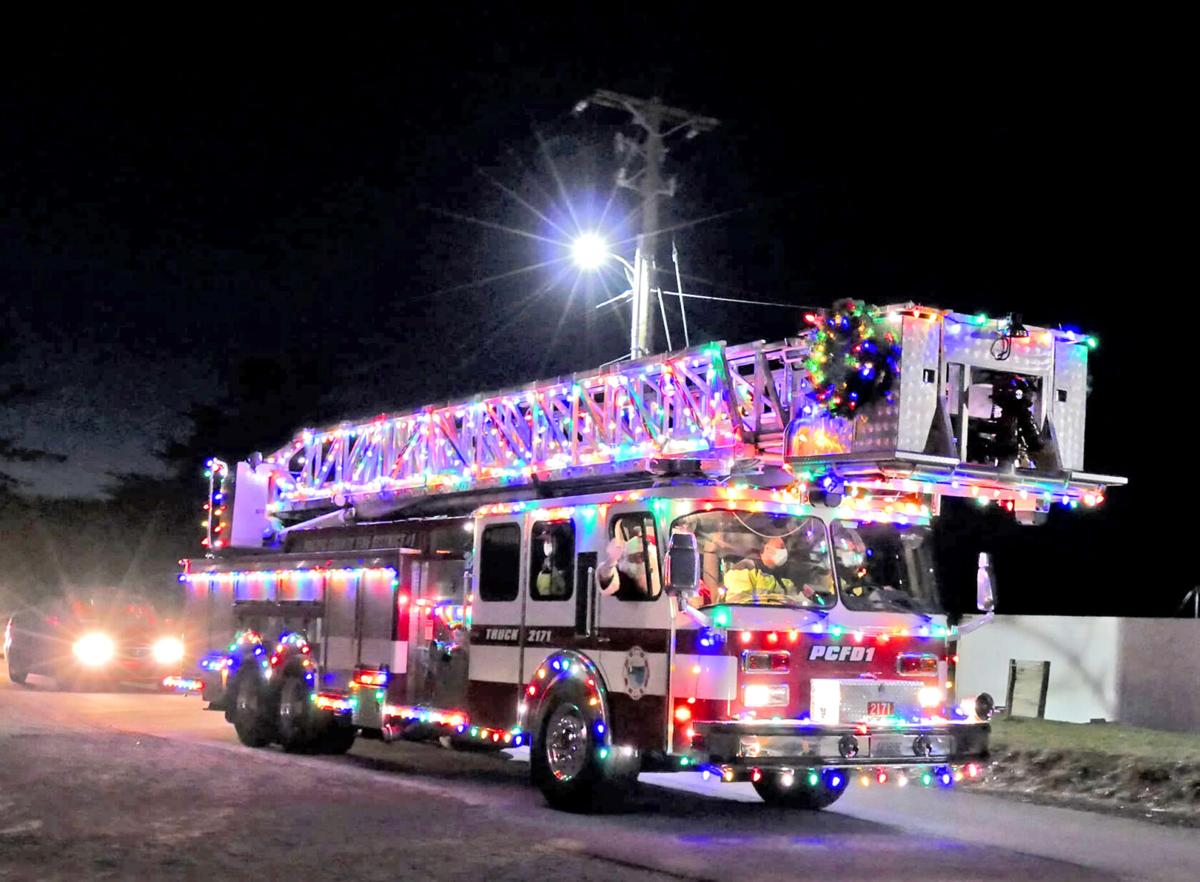 Fire truck decorated for Christmas