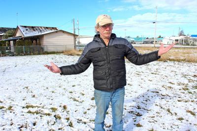 Gardener Gary Lukens