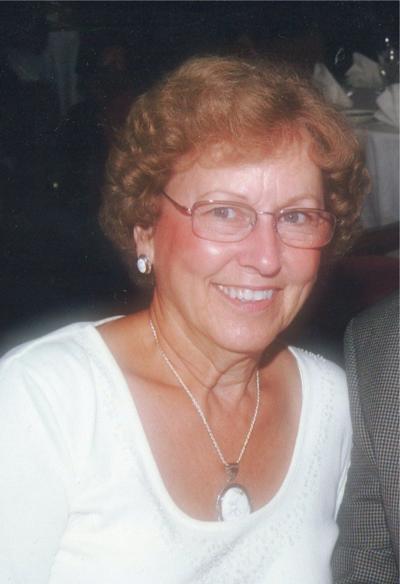 Carolyn J. (Worl) Fox
