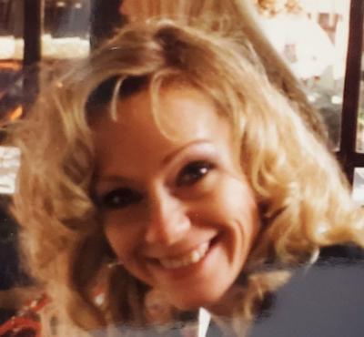 Christina Louise (Toulis) Bennett