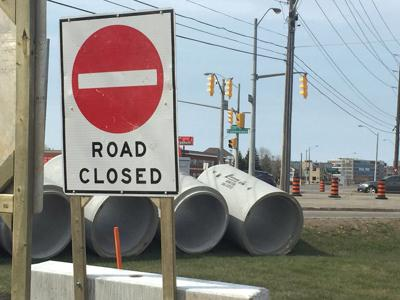 Big work on way at busy intersection