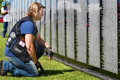 Mourners greet Vietnam Traveling Memorial Wall as it arrives in Crystal River