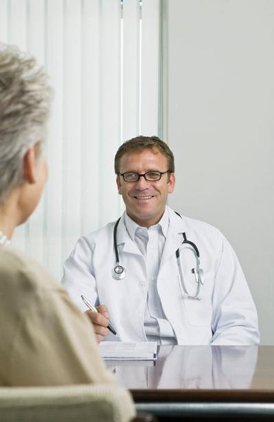 Cancer doctor for health 0526