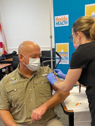 KINNARD gets vaccine