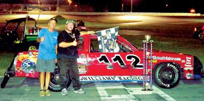Welter grabs Pure Stock 40 win on last lap | Community sports