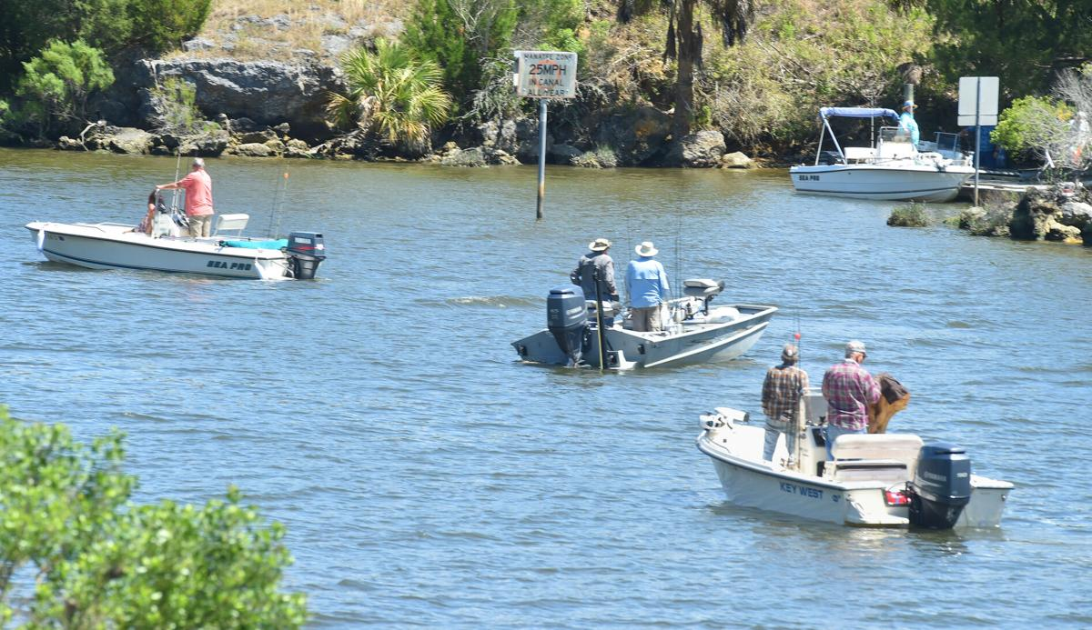Crowded boat ramp at barge canal