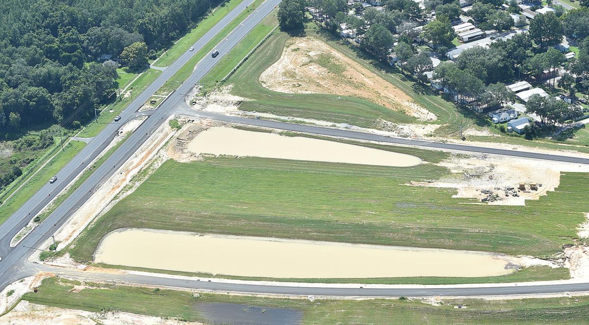 Parkway and SR 44 terminus 2.jpg