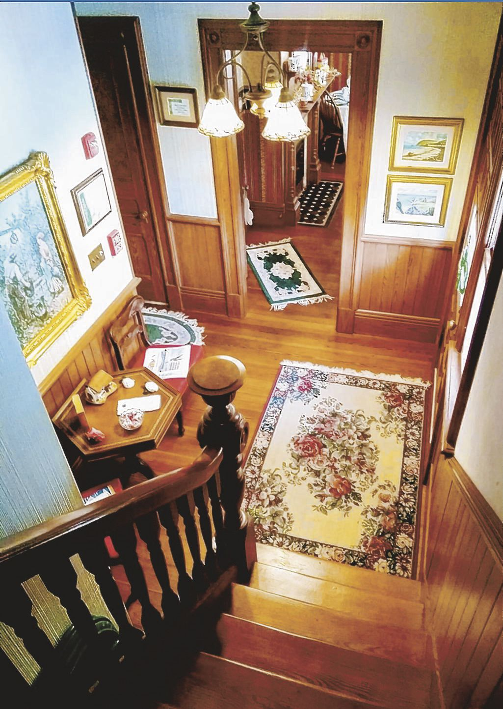 Shamrock Thistle & Crown staircase