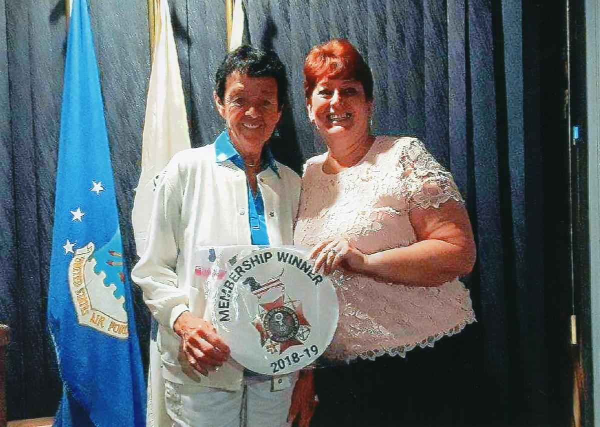 VFW Aux award