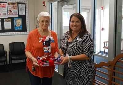 VFW Auxiliary donates supplies to IPS
