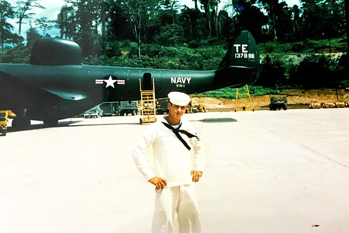 Hernando Navy veteran Bill Smith at 19
