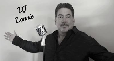 Karaoke DJ Lonnie for 1025
