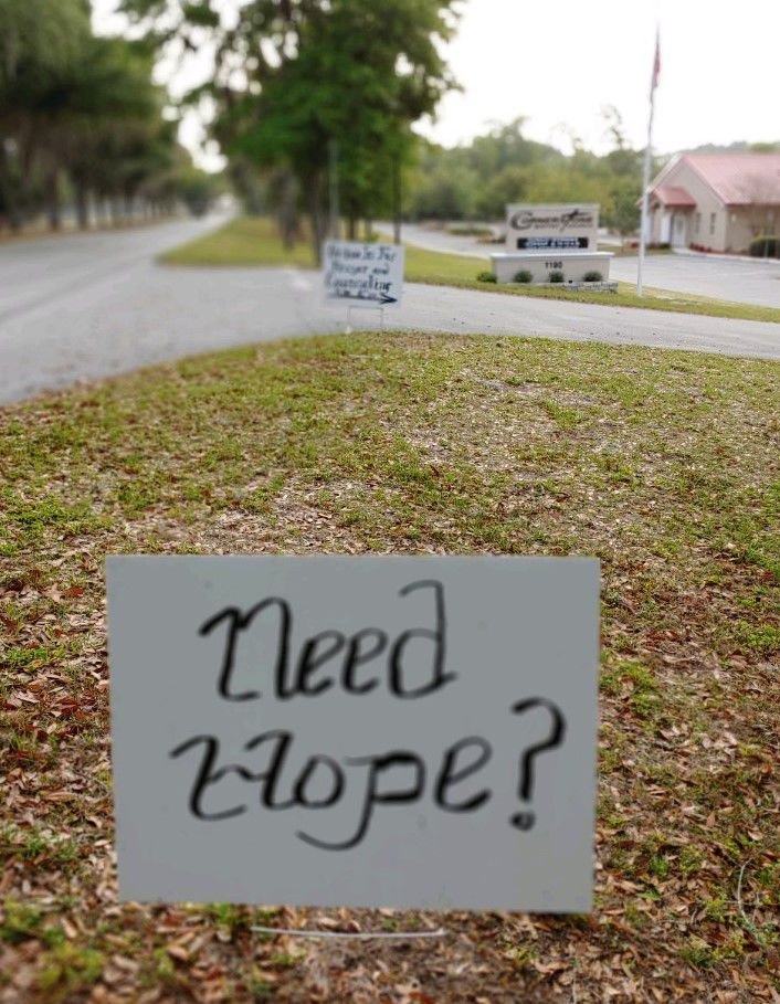 Ken Hinkle hope sign