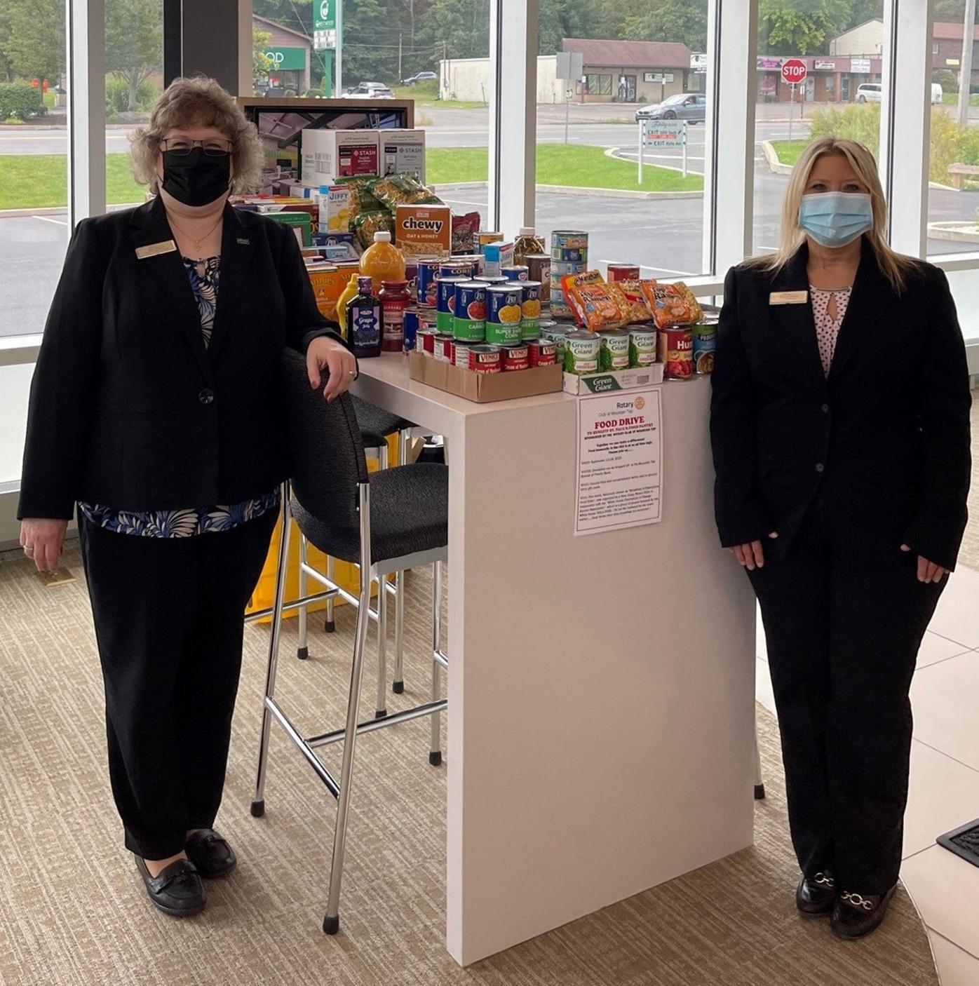 Mountain Top Rotary holds food drive to benefit local pantry