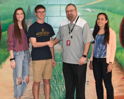 West High Students earn scholarship