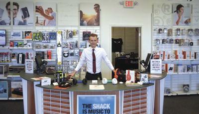 Manager reopens Jefferson City RadioShack
