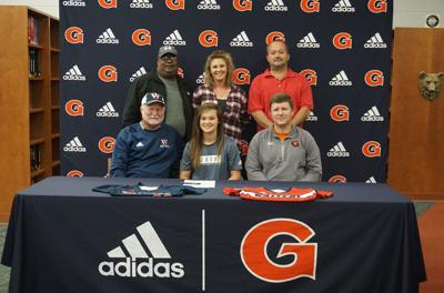 Agee signs to play softball at Walters State