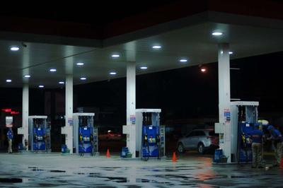 Gas prices fall two cents in Tennessee