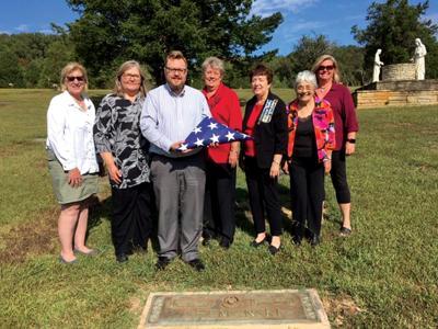 DAR group presents flag in honor of Rutledge Vietnam veteran