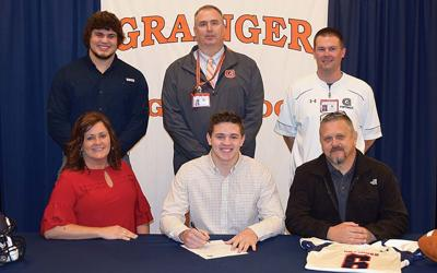 Bunch inks to play football at Maryville College