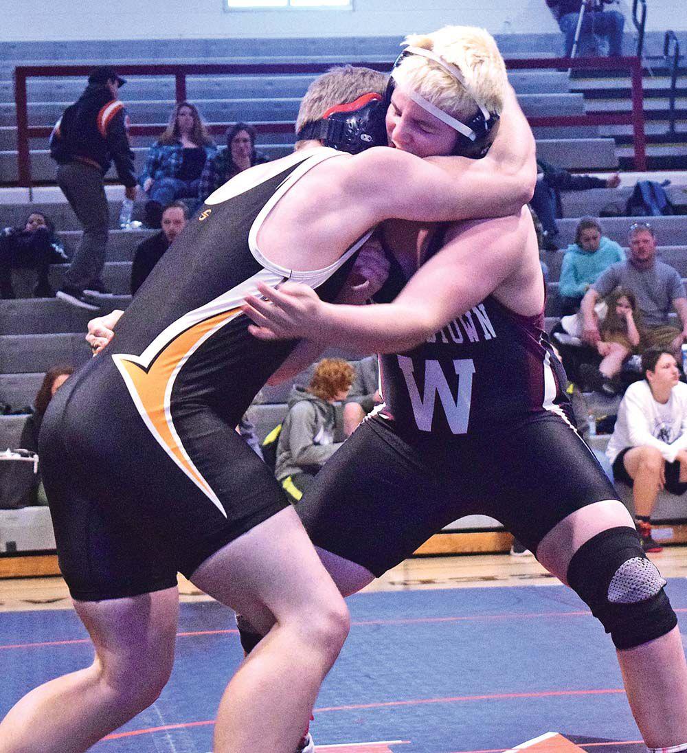 01-16-Wrestling 1.jpg