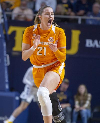 Lady Vols hold Central Arkansas to 11 second half points in 63-36 win
