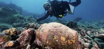 Diver in the Papahānaumokuākea Marine National Monument