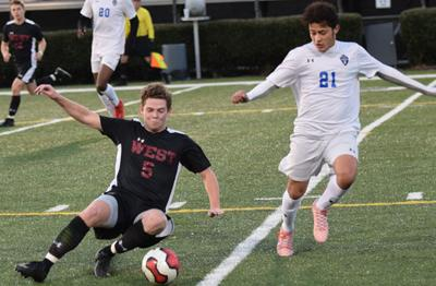 91db5b2a0e6 Trojans play to 3-3 draw with Karns in season opener