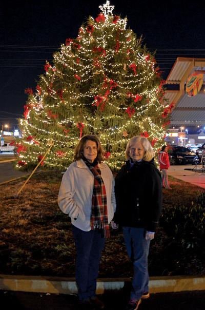Morristown celebrates season with Christmas tree lighting celebration