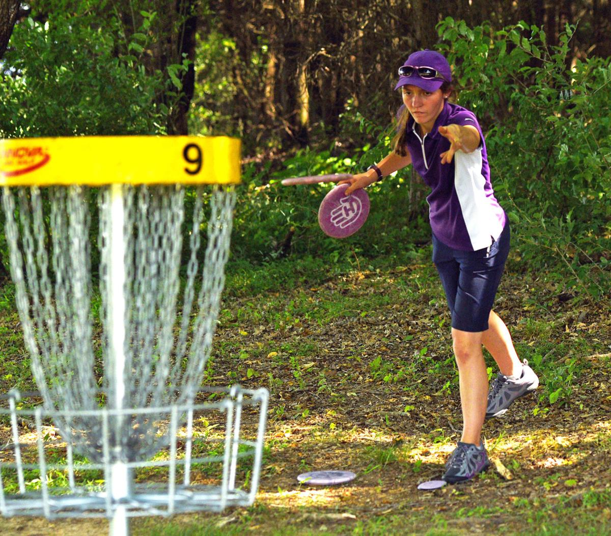 Dickerson Opens Commanding Lead Going To Final Day Of