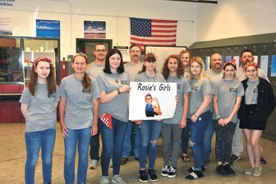 Middle school group gets lesson in manufacturing