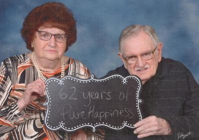 Smiths celebrates 62 years together