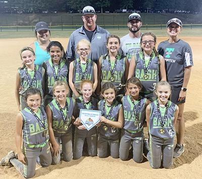 Tennessee Bash 10U wins Back to School Tournament