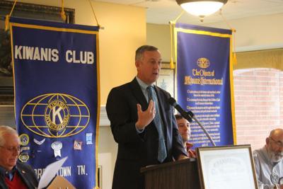 Hargett speaks to Morristown Kiwanis Club